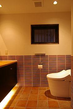 restroom3.jpg